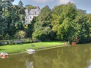 Vertou - The château du Portillon and the edge of the Sèvre Nantaise
