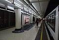 Victoria station MMB 14 456022.jpg