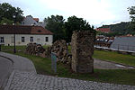 File:Vilnius city wall 03.jpg