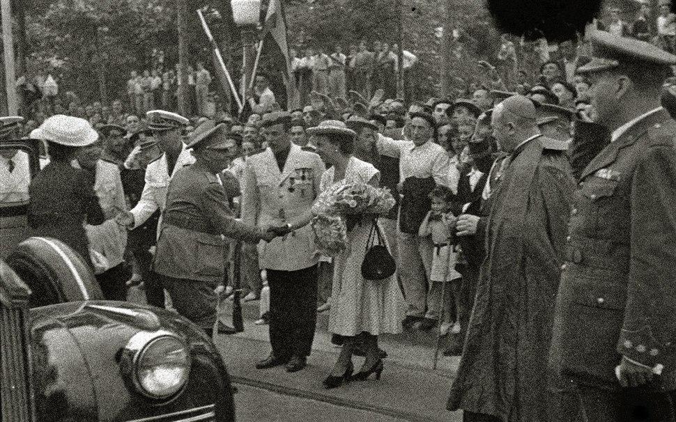 Visita de Francisco Franco a la localidad de Tolosa (5 de 21) - Fondo Car-Kutxa Fototeka