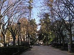Vista de la Gran Vía Marqués del Turia, de la localidad de Valencia, España.jpg