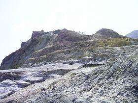VolcanoSchwefelfels1.JPG