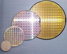 Risultati immagini per immagine di un chip wafer a 200mm