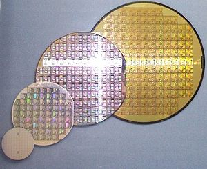 Wafer (electronics) - Image: Wafer 2 Zoll bis 8 Zoll 2