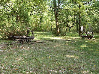Bach, Lot - Phosphate mine railway wagons