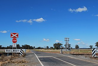 Wahring, Victoria - Level crossing over the Tocumwal railway line at Wahring