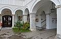 Wernberg Kloster Arkadenhof Einfahrt 14112014 955.jpg