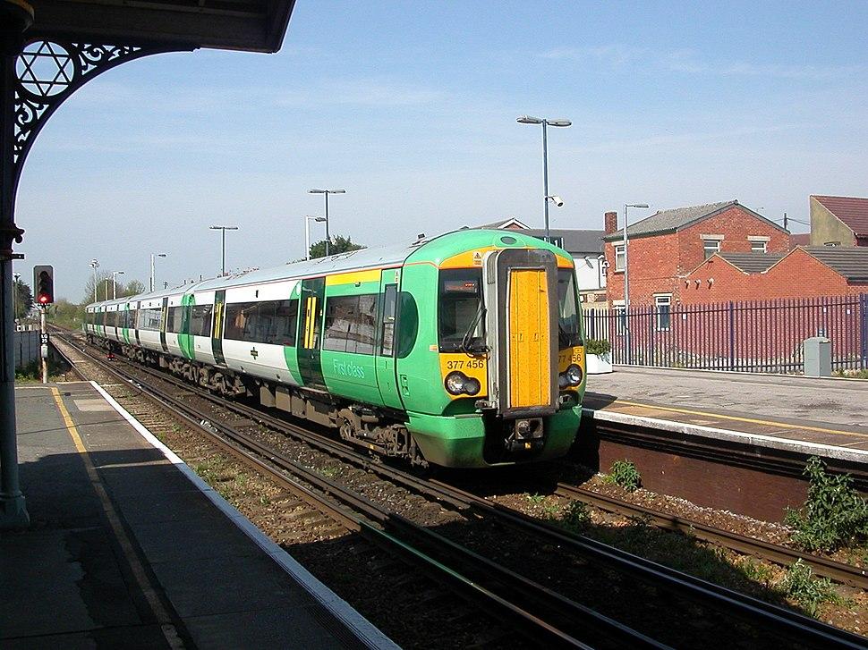 Worthing Station 03