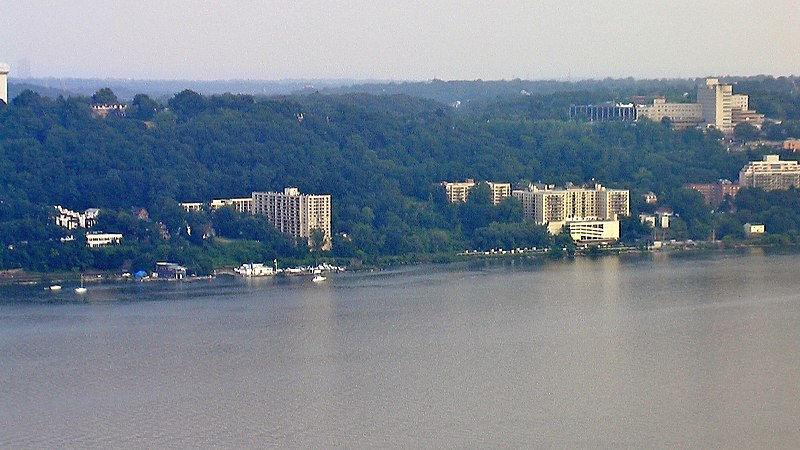 Yonkers NY Waterfront.JPG