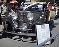 '33 Nash Ambassador (Auto classique Laval '12).JPG