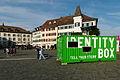 'Identy Box' am Fischmarktplatz in Rapperswil 2012-08-12 18-28-52 (WB850F).jpg