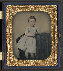 (Unidentified young boy with cased photograph) (LOC) (14542550976).jpg