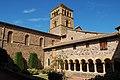 Église Saints-Martin-et-Laurent de Salles, le cloitre.jpg