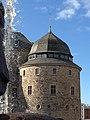 Örebro slott sett från statyn Befriaren.jpg