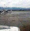 Женева (Швейцария) Аэропорт - лётное поле - panoramio.jpg