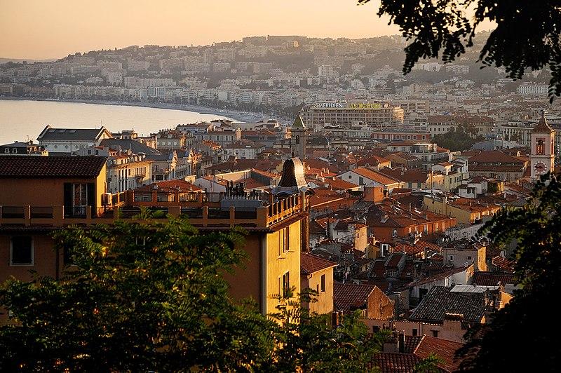 Файл:Ницца, Франция. Вид на старый город.jpg