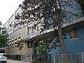 Шипсхед-Бей Средняя Школа при церкви Св. Эдмунда.jpg