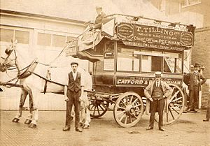 Thomas Tilling - Tilling carriage in use.