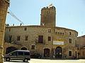 117 Castell, plaça del Bisbe Comelles.jpg