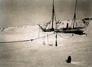 1912-1913. Зимовка возле Новой Земли.jpg