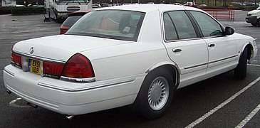 rear view, 2001 mercury grand marquis ls