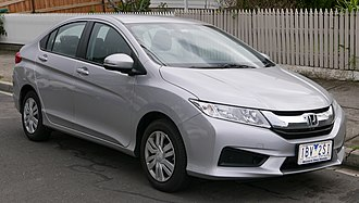 Honda City - Image: 2014 Honda City (GM6 MY14) V Ti sedan (2015 07 15) 01
