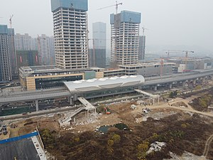 青山湖科技城站站房
