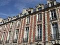21 Place des Vosges Paris.jpg