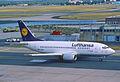 245ae - Lufthansa Boeing 737-500; D-ABJI@FRA;09.07.2003 (8296010437).jpg