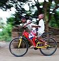 2 petits Garçon a vélo.jpg