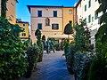 895) Piazza della Sala Piazzetta Ortaggi con gli arredi di Giorgio Tesi - giugno 2020 (1).jpg