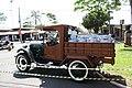9ª Expo de Carro Antigos - Linha de Leite (6079186487).jpg