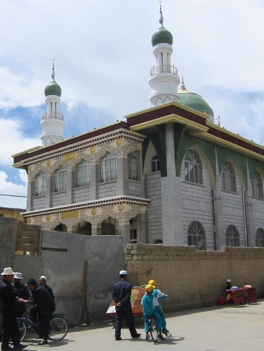A new Muslim Mosque in Lhasa