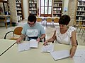 Acte de signatura del conveni marc de col·laboració entre Wikimedia España i el Col·legi de Bibliotecaris i Documentalistes de la Comunitat Valenciana 05.jpg