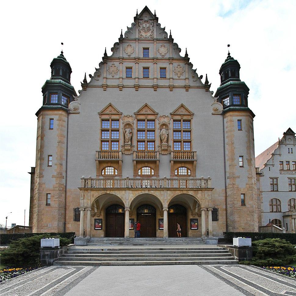 Adam Mickiewicz University (7754117666)