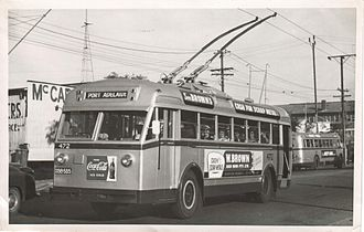 Trolleybuses in Adelaide - Leyland Canton trolleybus no. 472