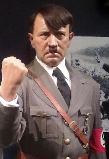English: Adolf Hitler Wax Statue in Madame Tus...