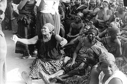African women mourning the murder of president Olympio, 1963 African-women-mourn-president-Olympio-1963-142353797830.jpg