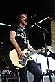 Alex Gaskarth All Time Low 2009.jpg