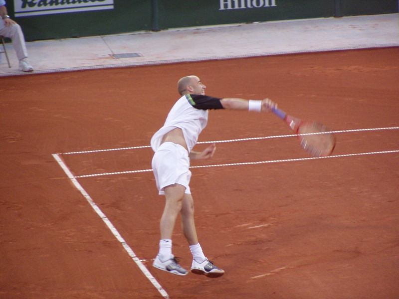 File:Andre Agassi 2005 US Clay Court Serve.jpg