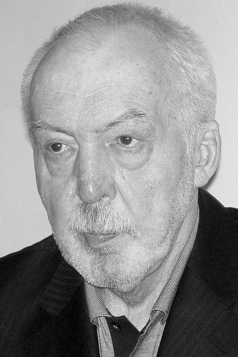 Андре́й Гео́ргиевич Би́тов