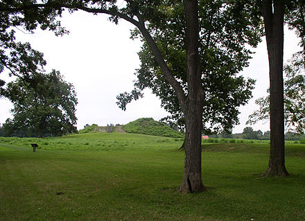 View of Mound A at Angel Mounds Angel Mounds HRoe 2009 06.jpg