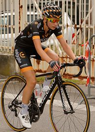 Annette Edmondson Route-de-France 2015 v2.jpg