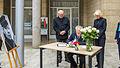 Anteilnahme für die Opfer und Betroffenen Paris, Kondolenzbuch für Helmut Schmidt-2883.jpg