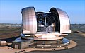 Artist's impression of the European Extremely Large Telescope (15761494008).jpg
