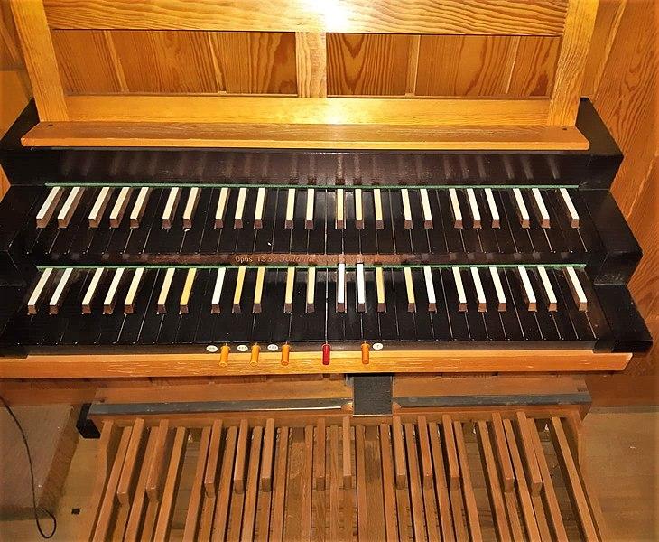 Datei:Arzbach, St. Peter und Paul (Klais-Orgel) (4).jpg