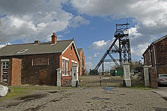 Lancashire Coalfield -  Astley Green Colliery, offices and headgear