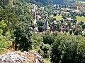Aussicht vom Blaufels 653 m. ü. NN auf das Kloster in Blaubeuren - panoramio.jpg