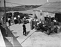Autorace te Zandvoort. Tanken van race-autos, Bestanddeelnr 902-8957.jpg