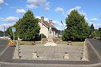 Autrèche - Monument aux morts (04).jpg